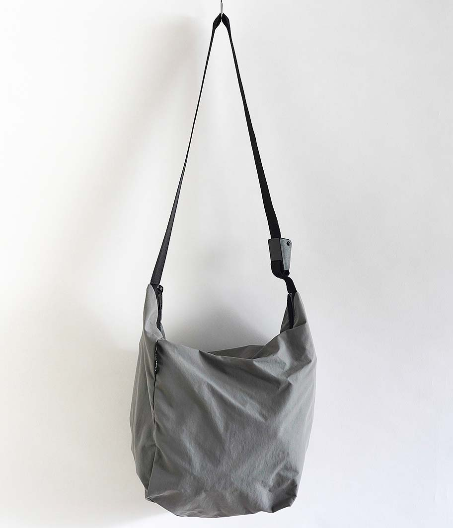 BAG'n'NOUN SHOULDER LITE M