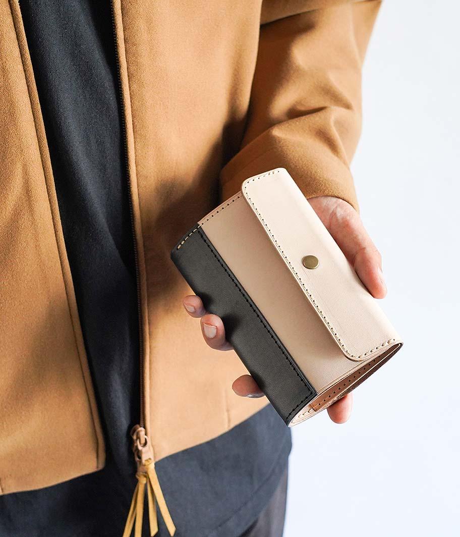 BRASSBOUND Snap Wallet
