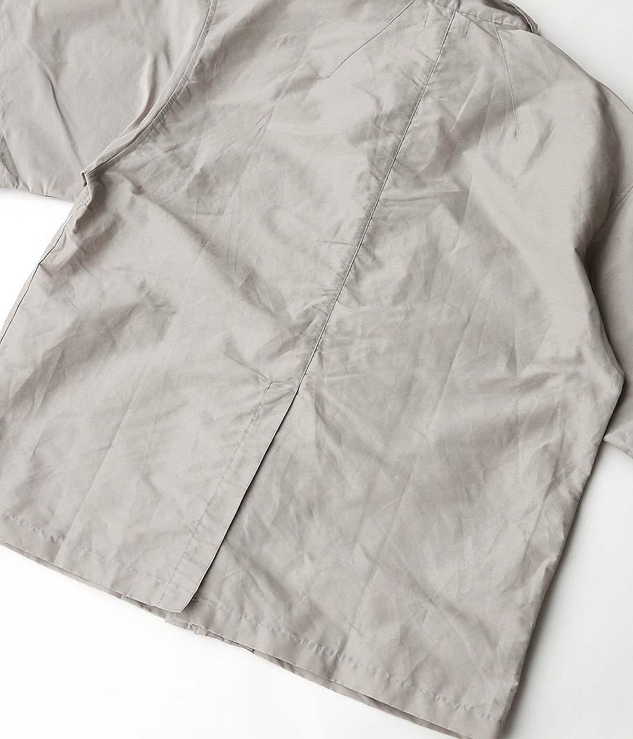 tone Shiny Zip Up Shirt