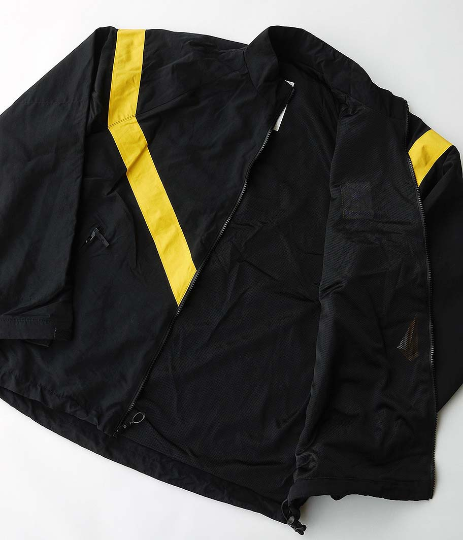 U.S.ARMY ナイロントレーニングジャケット [USED / GOOD CONDITION]